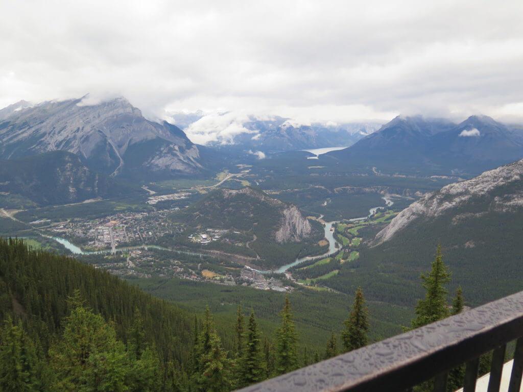 Aussicht von Sulphur Mountain Top
